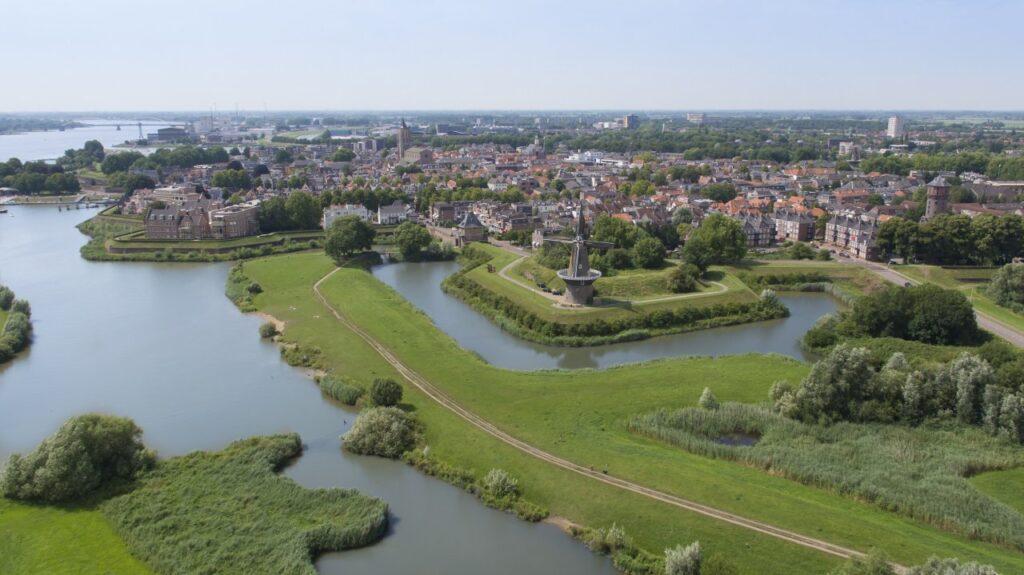 Waarom een stadswandeling door Gorinchem ook op jouw bucketlist moet staan